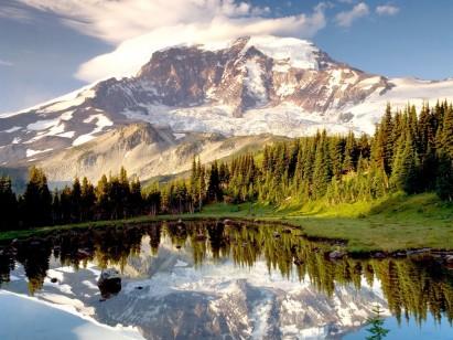Mount-Rainier