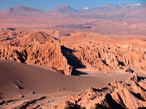 valley-of-the-moon-atacama-desert-chile_63802_990x742